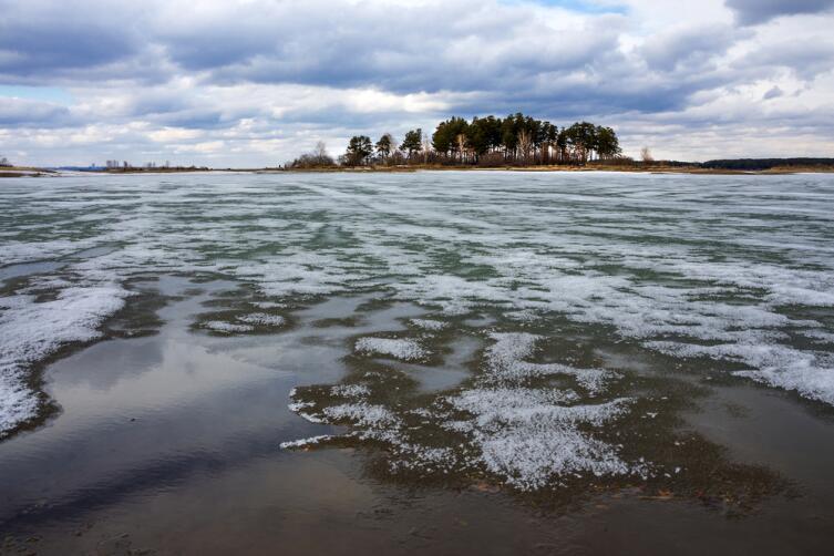 Обское водохранилище - искусственный водоем