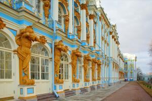 Сколько было императорских дворцов в дореволюционной России?