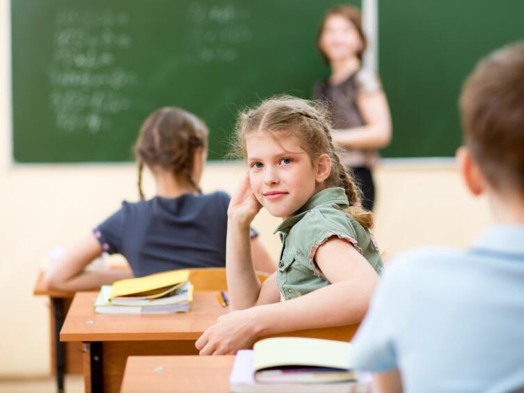 В большинстве случаев ребенок просто не знает, как сказать правильно