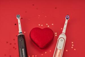 Правильные подарки для нее и для него: выбираем с Oral-B