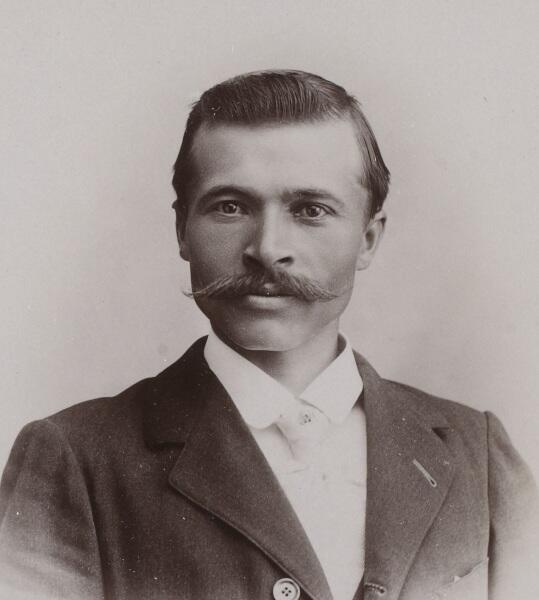 Морис Гарин, 1901 г.