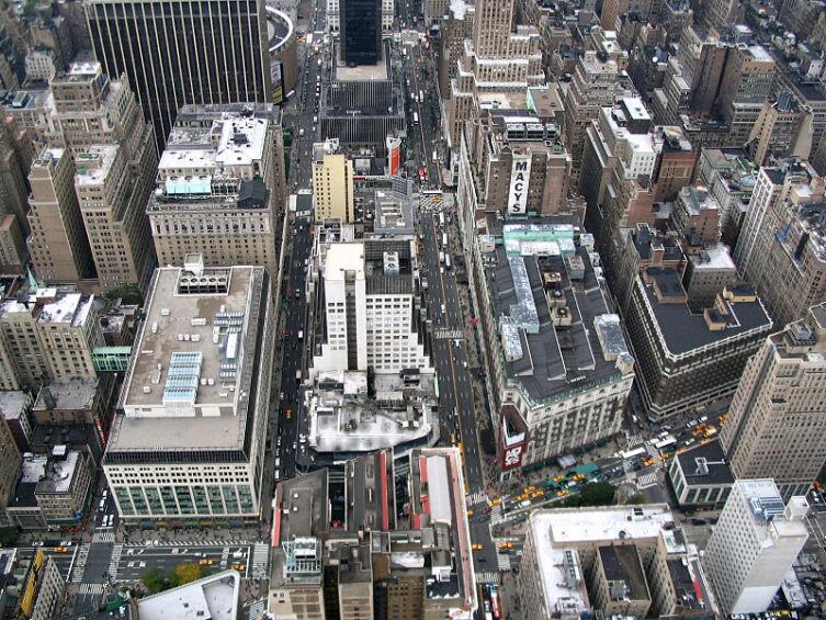 Бродвей - самая длинная улица Нью-Йорка переводится как