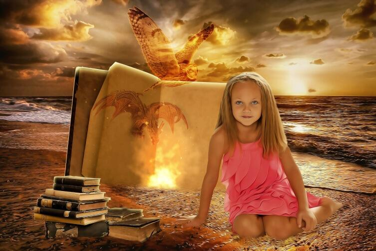 интрига должна быть в любой истории, просто для каждого возраста она своя
