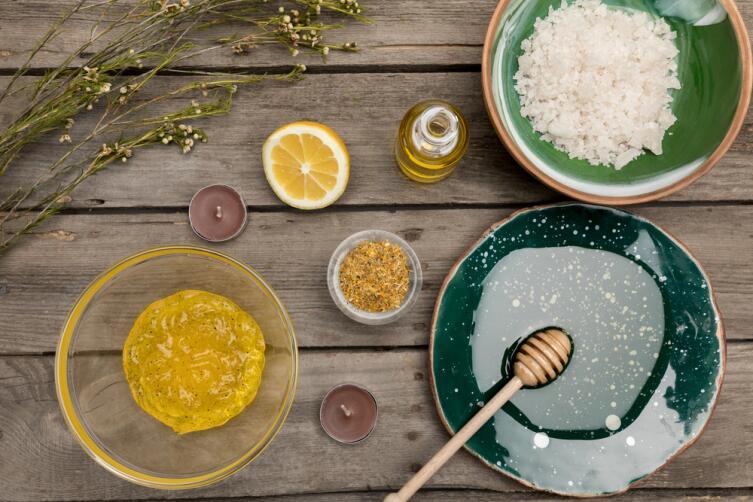 Состав для пилинга можно приготовить из обычных продуктов