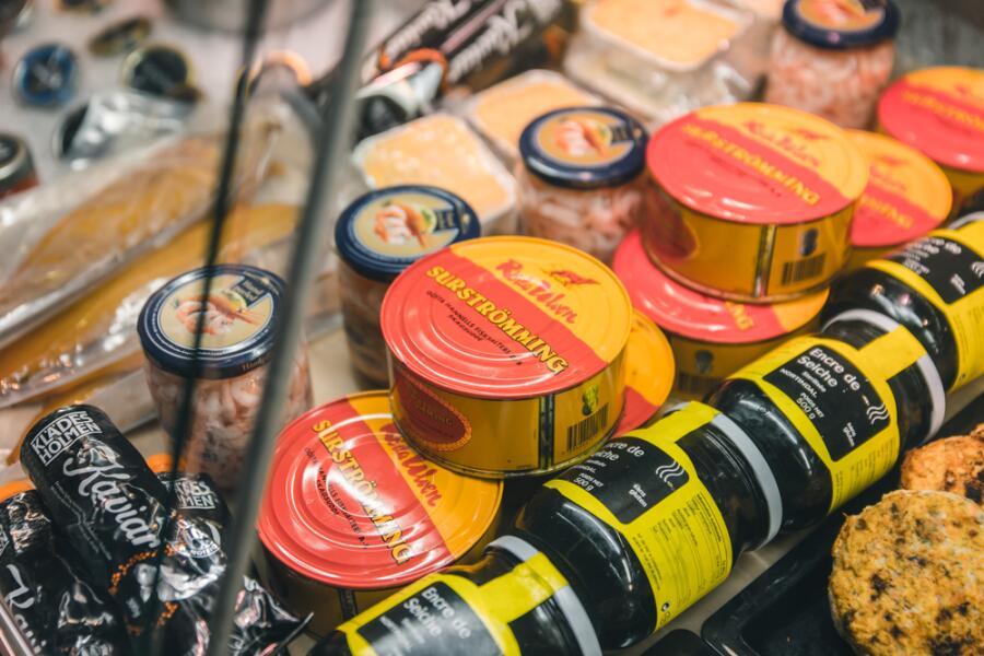 Шведская кухня. Как правильно есть сюрстрёмминг?