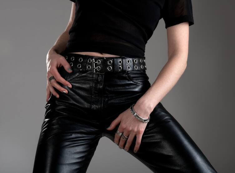 Мода: что женщины позаимствовали у мужчин?