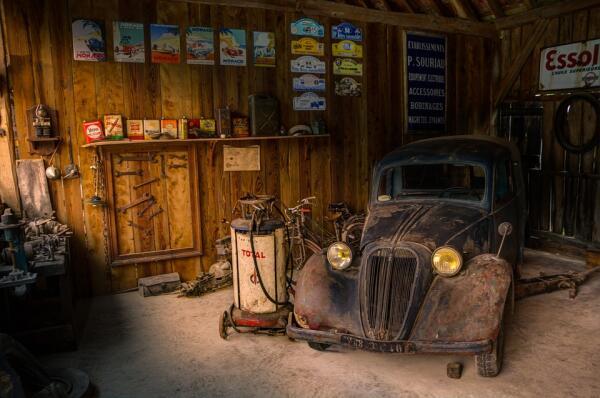 Как обустроить свой гараж?