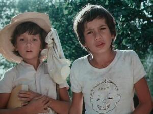 Какова история песен из фильма «Каникулы Петрова и Васечкина»?