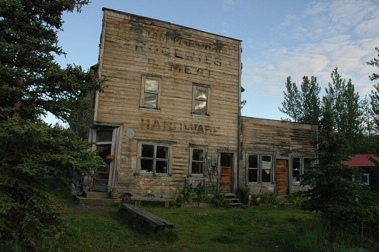 Старый магазин в Мак-Карти