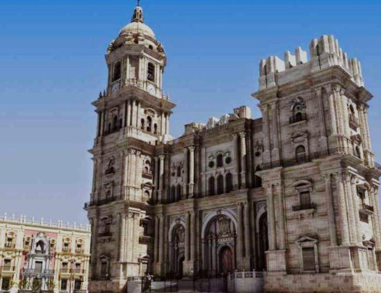 «Ла Манкита». Однорукий собор в Малаге