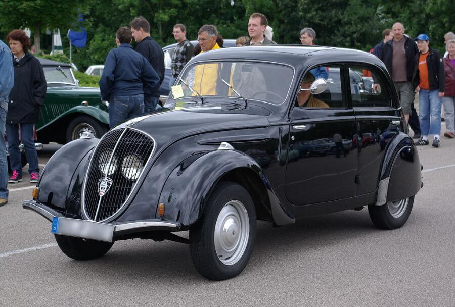 Пежо-202 1938 г. выпуска