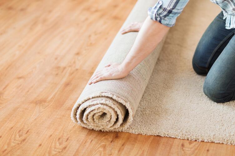 Ковровое покрытие поглощает шум