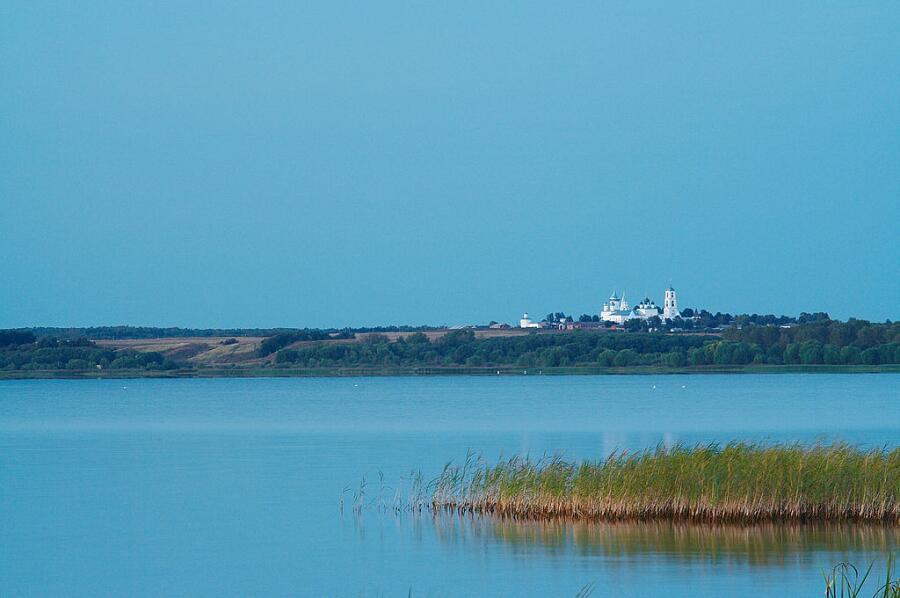 Плещеево озеро и Никитский монастырь