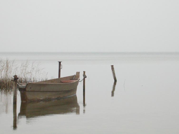 Плещеево озеро в пасмурную погоду
