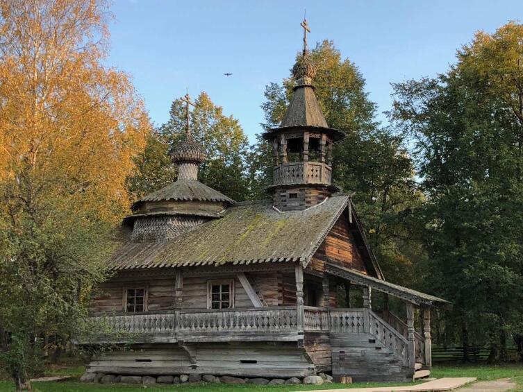 Витославлицы, старая деревянная церковь