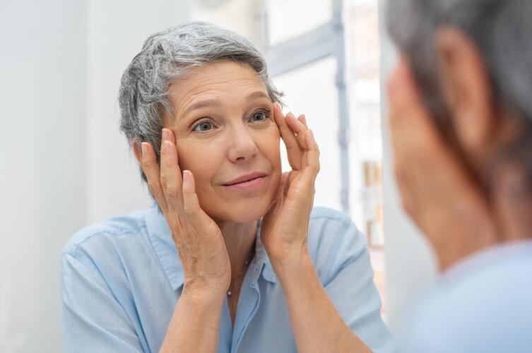 Как сохранить внешность, чтобы спустя годы смотреть в зеркало и радоваться своему отражению?