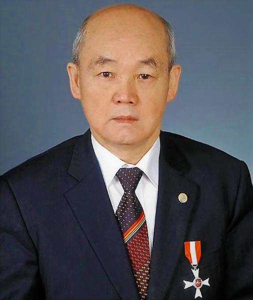 Ким Сен Гук, д.х.н., действительный член международной академии фундаментального образования