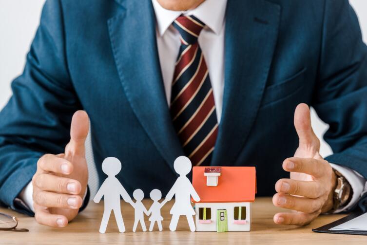 Если вы хотите купить жилье для личного проживания — ищите варианты с рассрочкой или льготные кредиты