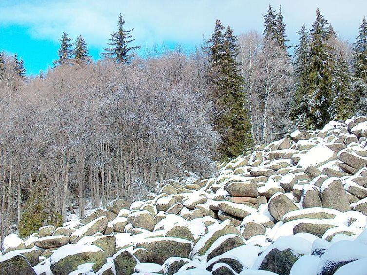 Каменая река в Болгарии