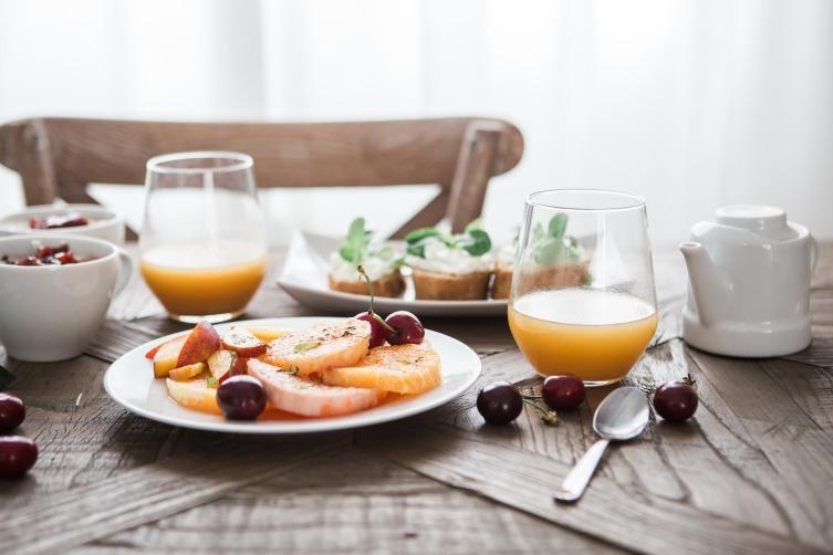 Позавтракав, мы выключаем гормон голода