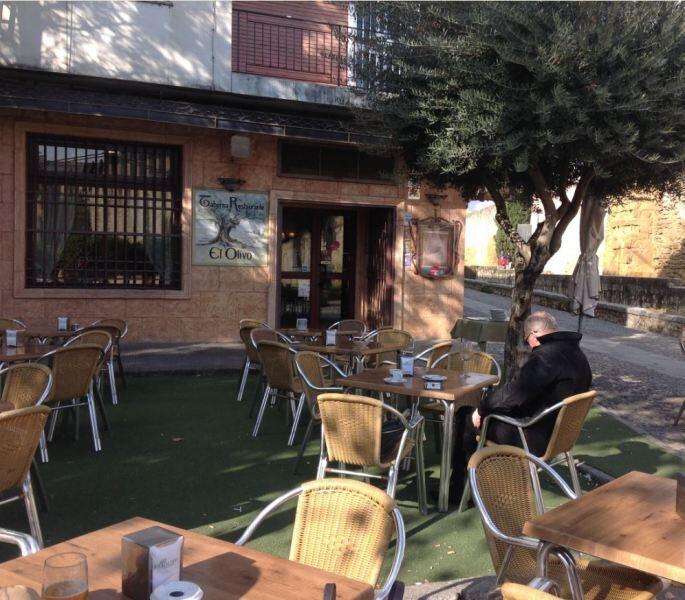 Таверна El Olivo, где подают прекрасный кофе