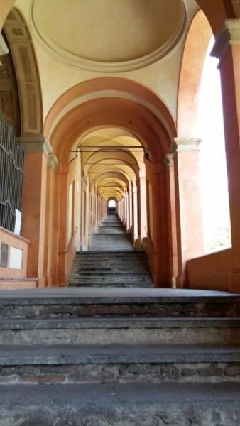 Портик святого Луки, самый длинный в мире