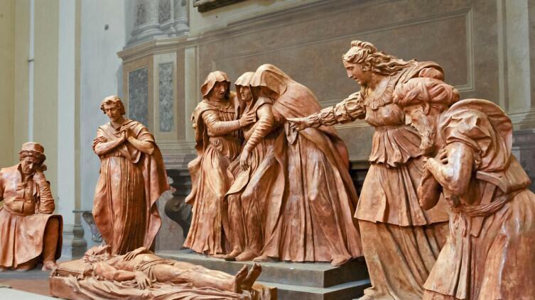 Санта-Мария делла Вита. Плач над мертвым Христом. Никколо дель Арка. Конец XV в.
