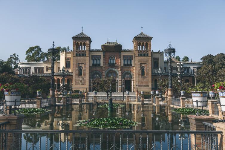 Парк Марии-Луизы в Севилье