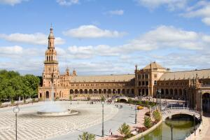 Почему стоит поехать в Андалусию зимой или ранней весной? Часть 4: многогранная Севилья