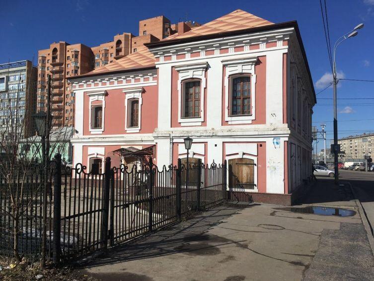 Вид на дом со Спартаковского переулка