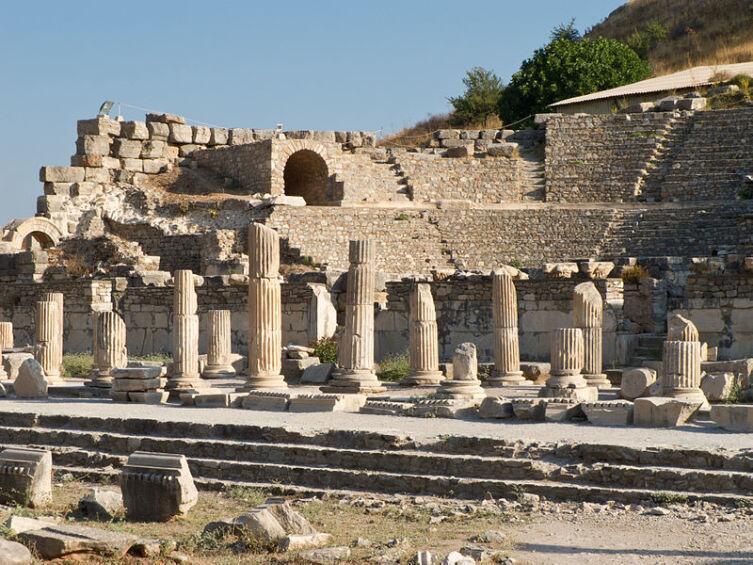 В Эфесе было обнаружено первое в мире отопление