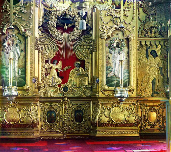 Иконостас церкви св. Николая Чудотворца, Ростов Великий, фото С. М. Прокудина-Горского, 1911 г.