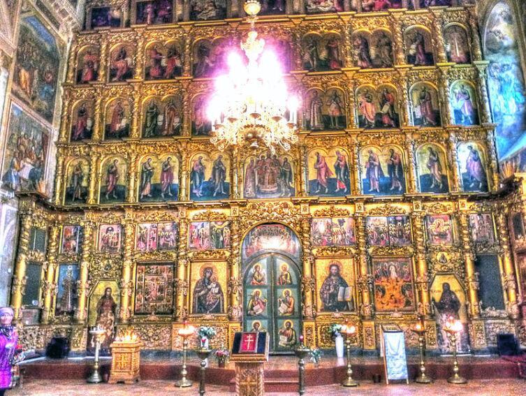 Иконостас Спасо-Преображенского собора в Угличе, начало XVIII века