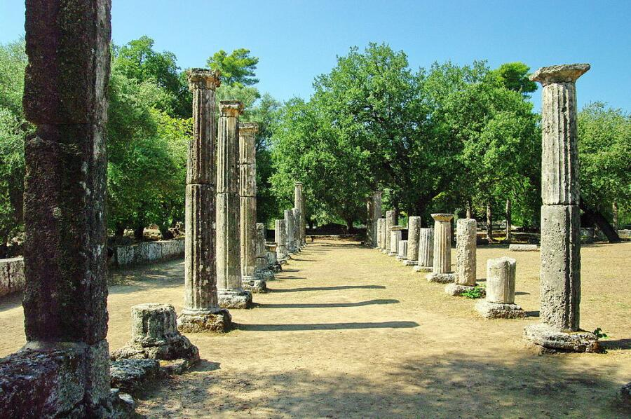 Развалины Палестры (гимнастической школы) в Олимпии, Др. Греция