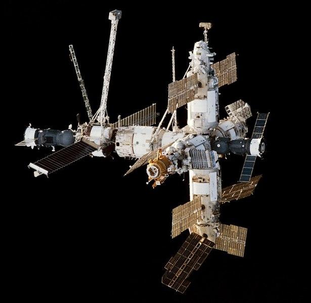 Орбитальный комплекс «Союз ТМ-26» — «Мир» — «Прогресс М-37» 29 января 1998 г.