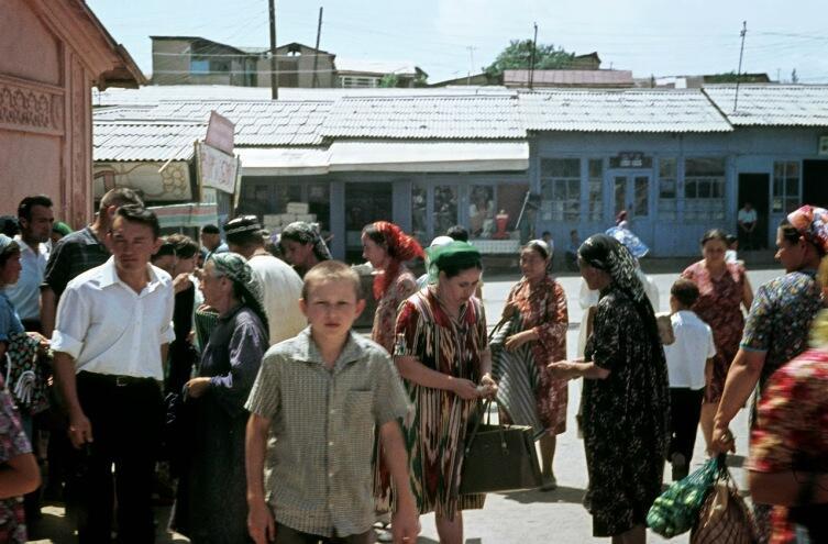Как жили русские в Средней Азии? О «белой кости» и «голубой крови»