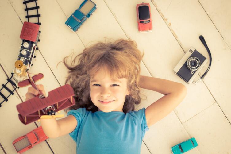 В наше время мы имеем дело и с гендерно-нейтральным воспитанием детей