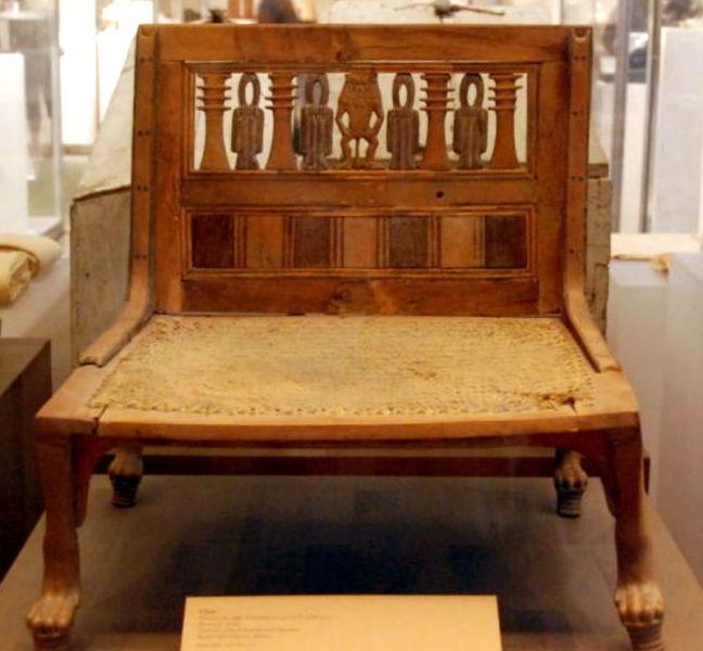 Стул из гробницы Нового царства (Древний Египет)