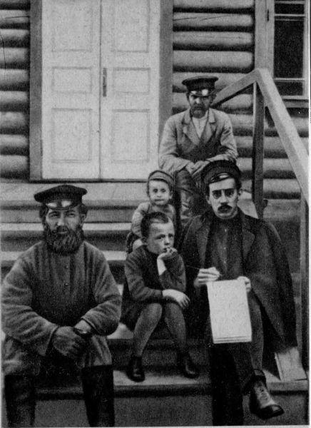 Александр Беляев в городе Ярцево в качестве корреспондента газеты «Смоленский вестник», 1914 г.