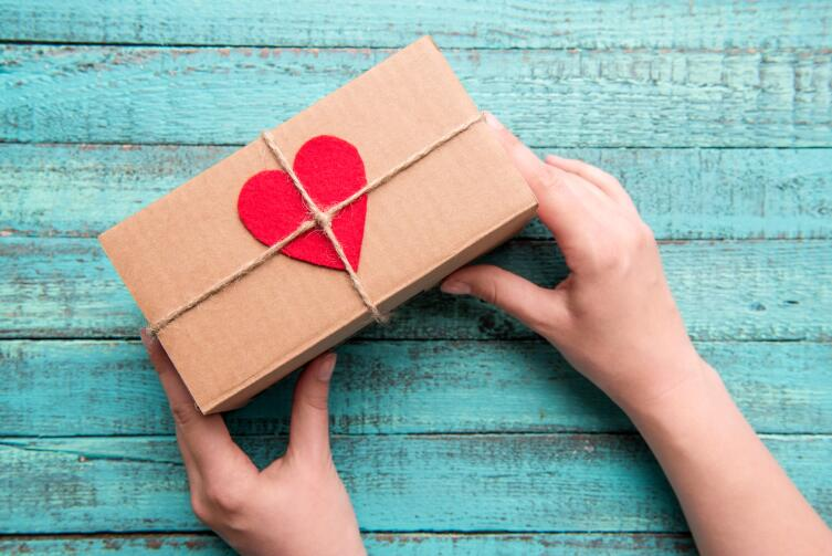 Подарок для Тельца должен быть материальным и полезным. Дарить впечатления - не лучший вариант