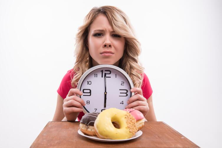 Также положительно на организм влияет интервальное голодание