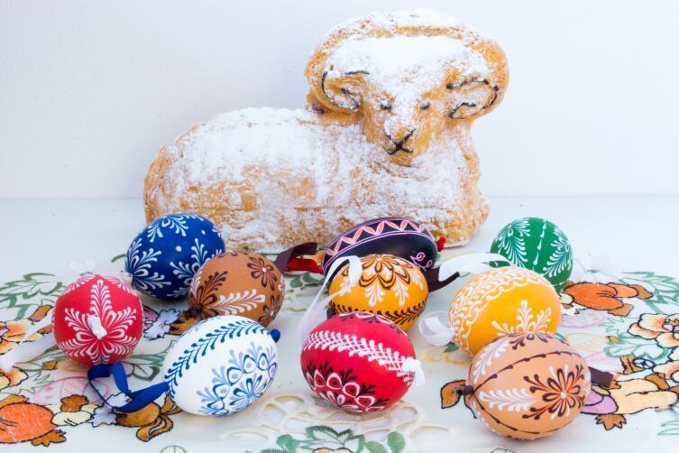 Как оригинально украсить яйца? Готовимся к Пасхе