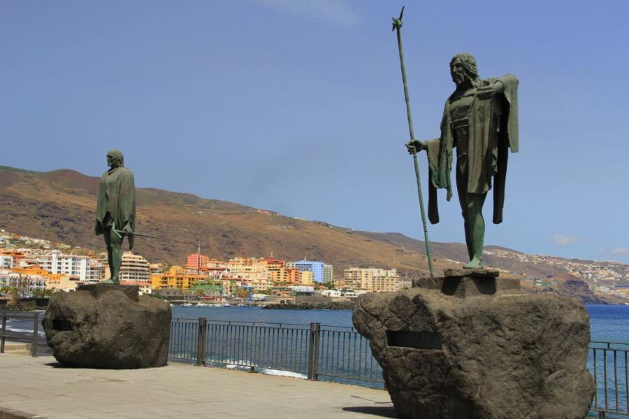 Памятник великим вождям гуанчей острова Тенерифе