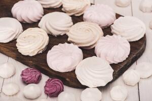 Пастила, зефир, маршмеллоу. Что общего у этих сладостей?