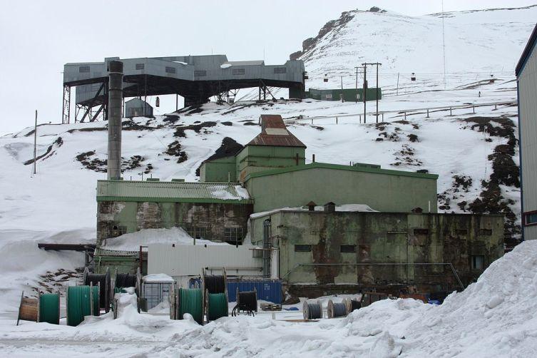 Первая угольная электростанция Лонгйира (открыта в 1924 году)