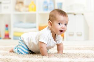 Как организовать безопасное пространство для маленьких детей в доме?