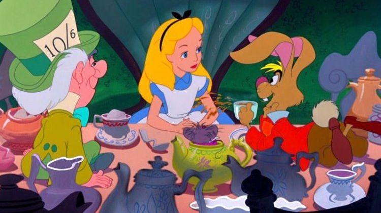 Алисин кинозал - 11. Почему диснеевская «Алиса в Стране чудес» сначала провалилась, а потом стала классикой?