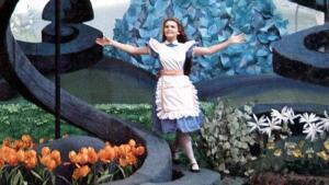 Алисин кинозал - 16. Какие фильмы по «Алисе в Стране чудес» были сняты в 1970-е годы?