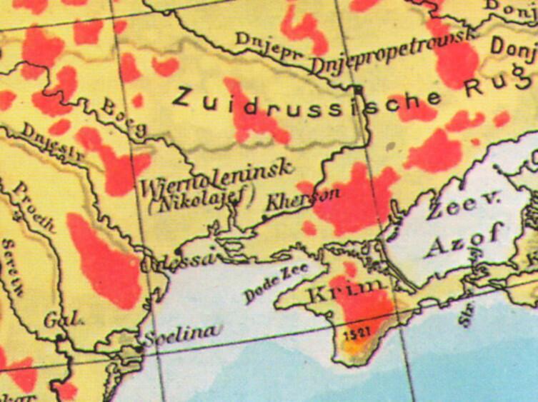 Переименовать Николаев не удосужились, но очень хотели. По крайней мере, на немецких картах, этот город обозначен новым именем