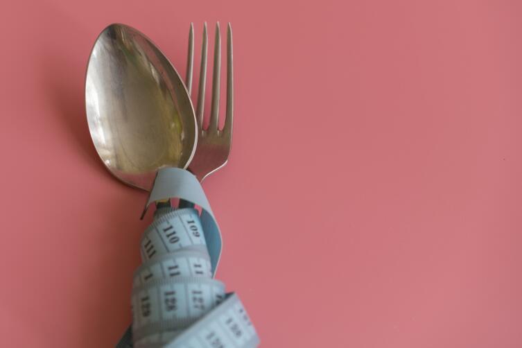К диетам и голоданию нужно относиться очень осторожно